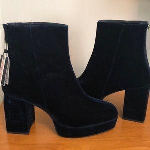 Zara blue suede velvet boots